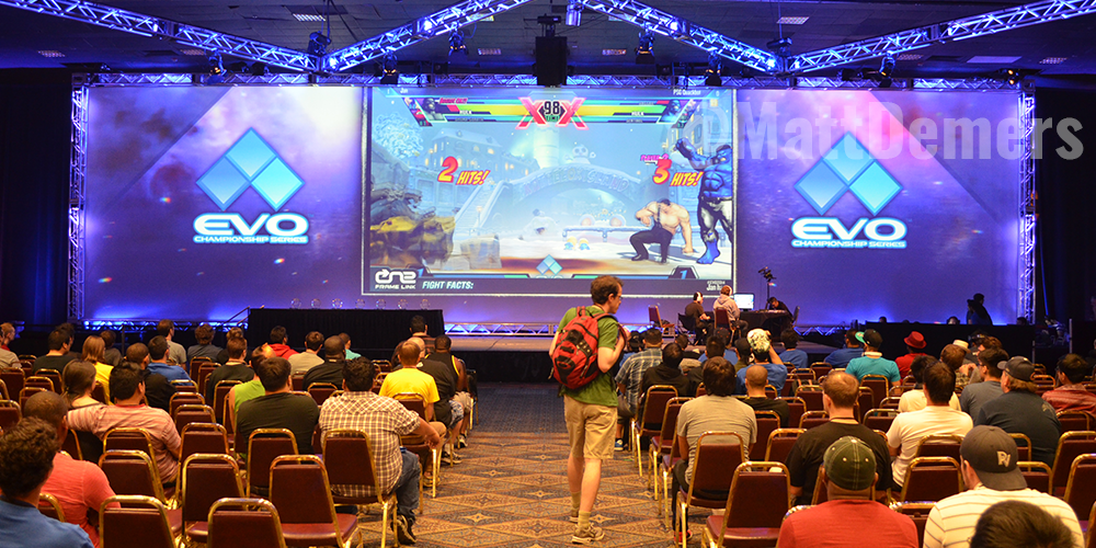 Evo 2014 Crowd. Credit @MattDemers